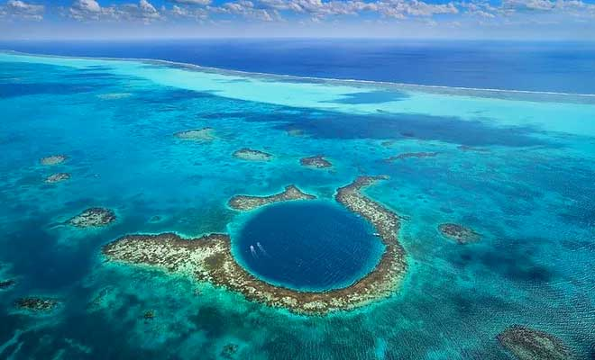 Snorkeling at the Blue Hole in Belize, Carribean Sea